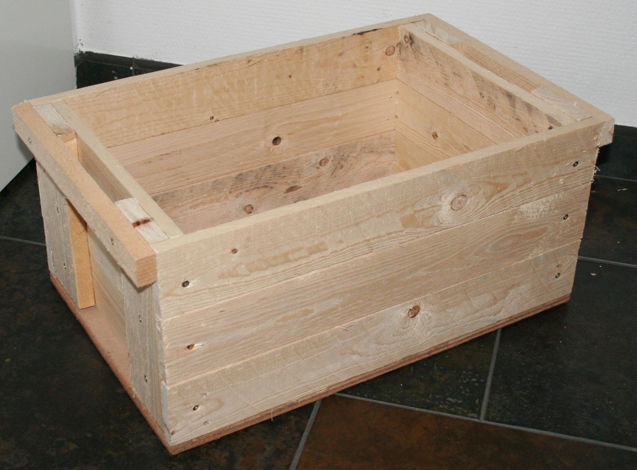 Houten kist met deksel maken